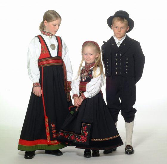 Almankås Bunader barn