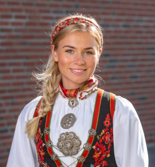 Vest-Telemark damebunad
